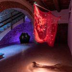 """""""… per non restare immobili"""" la mostra di Cinzia Ruggeri a Casa Masaccio recensita su Flash Art"""