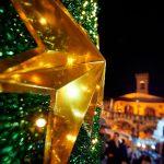 Natale nel Mondo, a San Giovanni allestite le natività nelle vetrine di Corso Italia