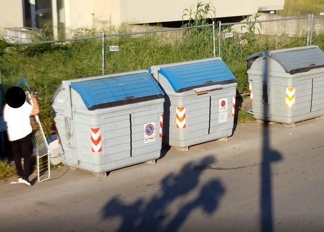 Furbetti dei rifiuti inchiodati dalle fototrappole